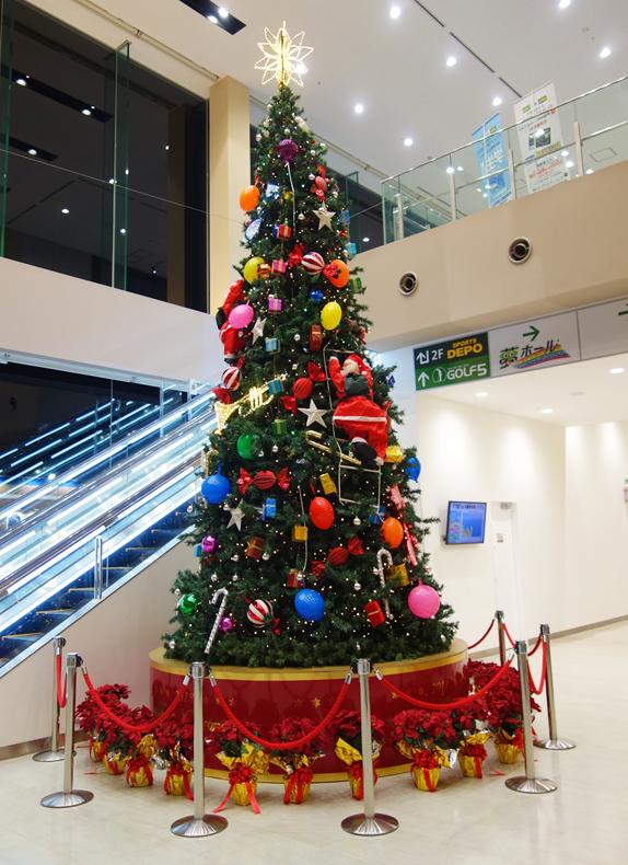 ツルヤマテクノスクリスマスツリー